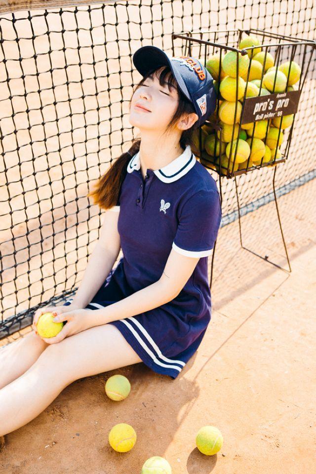 网球美少女运动写真唯美壁纸