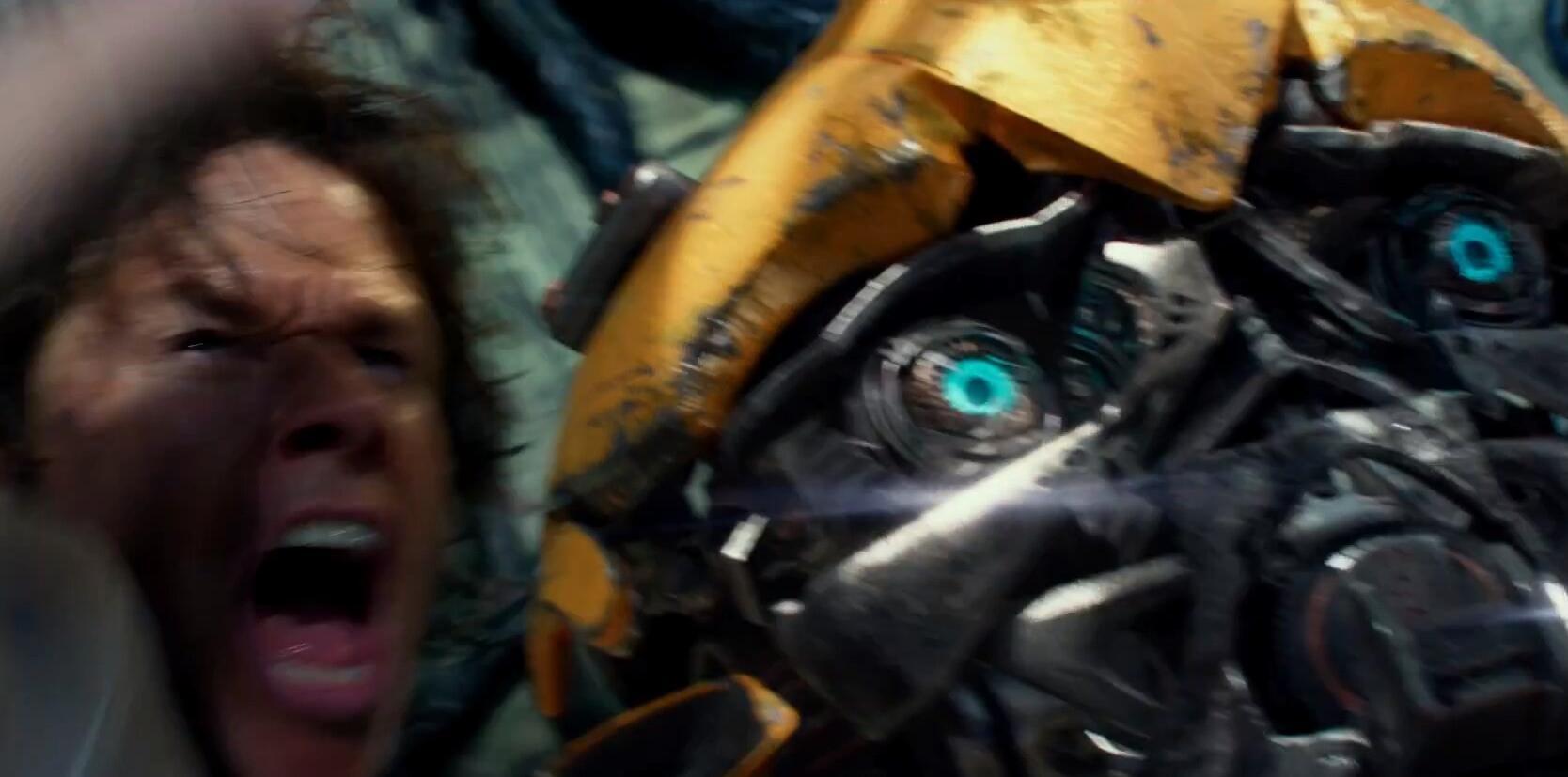 《变形金刚5》正式预告片发布 大黄蜂遭殃了5.jpg