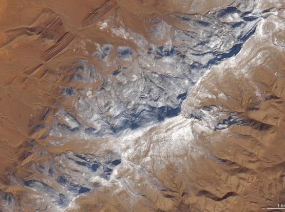 非PS 近日走红网络的撒哈拉沙漠雪景照真实存在