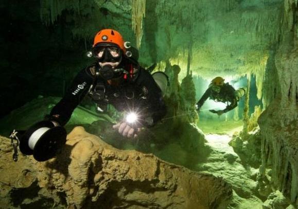 世界最大水下洞穴被发现 或揭开玛雅文明神秘面纱