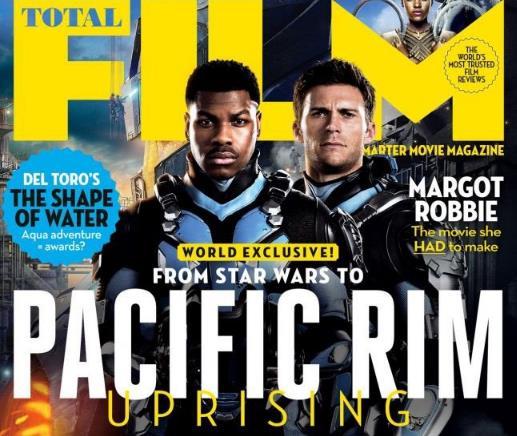 《环太平洋2:雷霆再起》新剧照:流浪者亮屠兽剑 大战新机甲