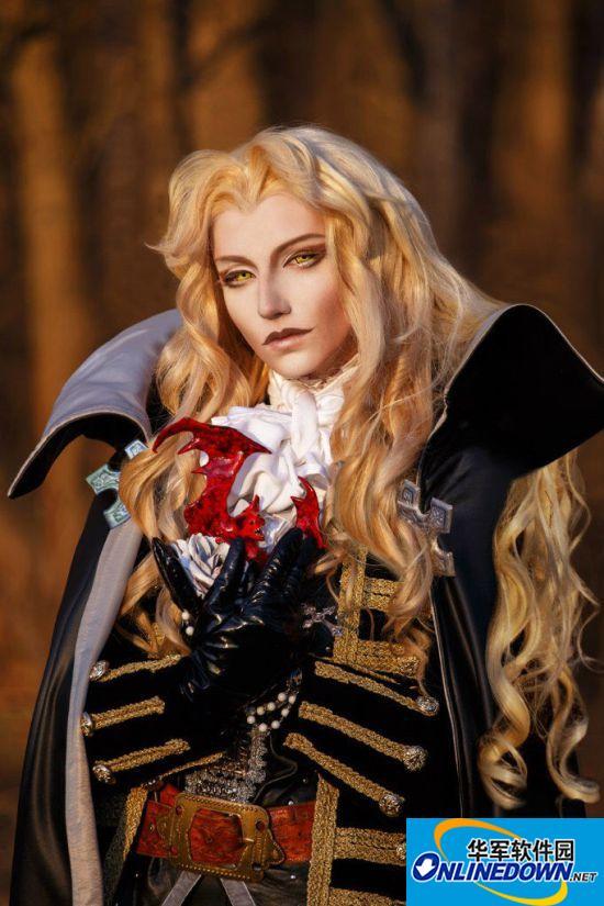 沙特姑娘COS《恶魔城X:月下夜想曲》阿鲁卡多神级还原 邪魅俊俏