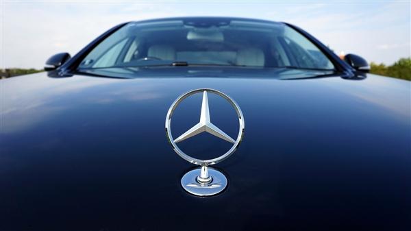 罚款100万!奔驰漏油维权事件调查结果公布:车辆存质量缺陷