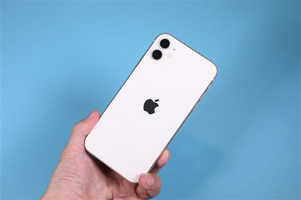 转转Q3报告:二手iPhone 11跌至4439元 旧款iPhone XS涨价
