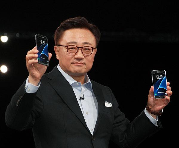 三星手机都要配备虹膜识别功能啦