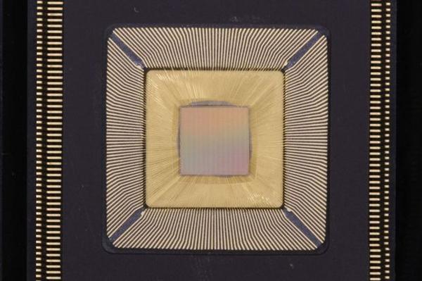 单芯片25核!美国大学研发20万核计算机