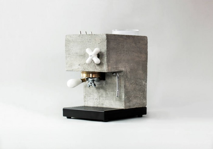 这种浓缩咖啡机的外壳由混凝土制成