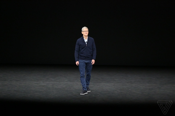 iOS 11.3发布:iPhone在北京上海能刷手机乘车了