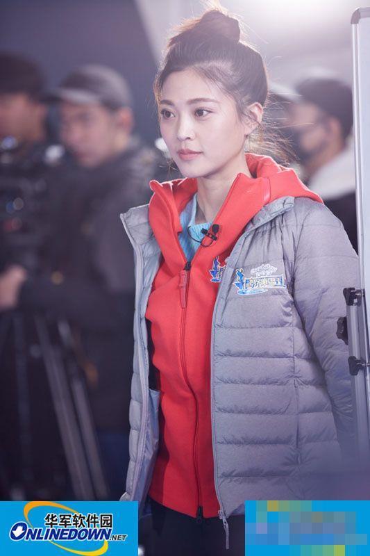 王妍之唯美诠释《梁祝》 张艺谋寄予厚望冰上中国风