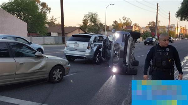 Uber无人车发生侧翻事故 但这个锅Uber不背
