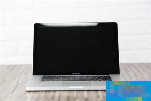 2888元买苹果MacBook Pro:拆开后难以置信